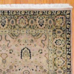 Indo Hand-knotted Mahal Beige/ Green Wool Rug (4'10 x 7'10) - Thumbnail 2