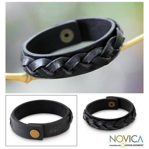 Handmade Distressed Leather Men's 'Java Journeys' Bracelet (Indonesia)