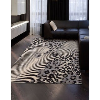 "Nourison Utopia Casual Beige Abstract Rug (5'3"" x 7'5"")"