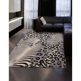 Nourison Utopia Casual Beige Abstract Rug (5'3 x 7'5)