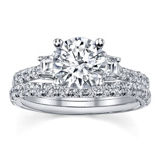 18k White Gold 1 3/4ct TDW Round Three Stone Diamond Bridal Set (I, SI3)