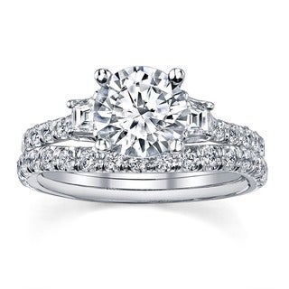 18k White Gold 1 3/4ct TDW Round Three Stone Diamond Bridal Set