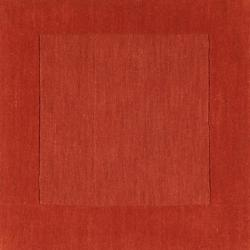 Hand-crafted Orange Tone-On-Tone Bordered Pechora Wool Rug (5' x 8')