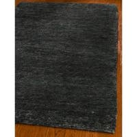 Safavieh Hand-knotted Vegetable Dye Solo Black Hemp Rug - 5' x 8'