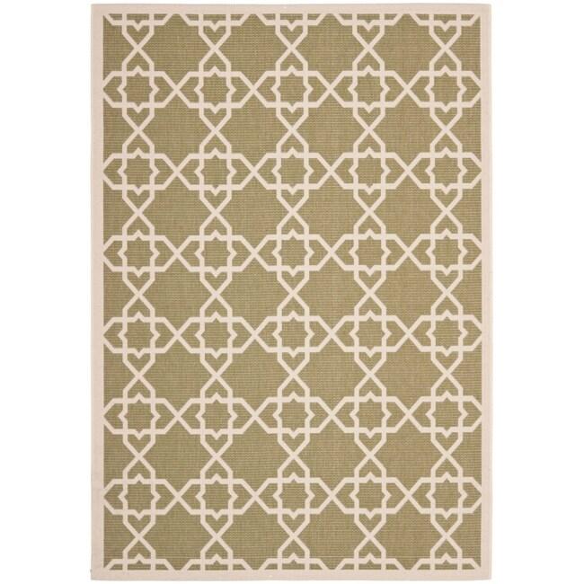 Safavieh Courtyard Geometric Trellis Green/ Beige Indoor/ Outdoor Rug (6'7 x 9'6)