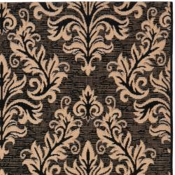 Safavieh Poolside Black/ Cream Indoor Outdoor Rug (4' x 5'7) - Thumbnail 1