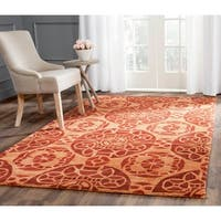Safavieh Handmade Treasures Cinnamon New Zealand Wool Rug - 4' x 6'