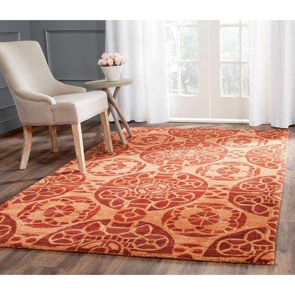 Safavieh Handmade Treasures Cinnamon New Zealand Wool Rug (4' x 6')