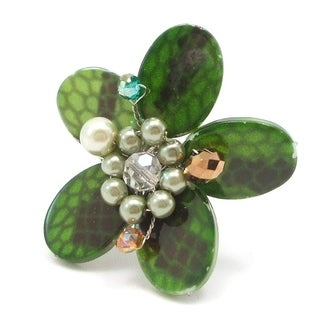 Handmade Green Mother of Pearl Flower Ring (Thailand)