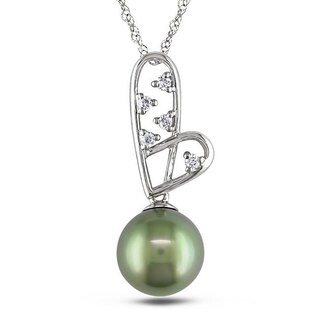 Miadora 10k Gold Tahitian Pearl and 1/10ct TDW Diamond Necklace (H-I, I2-I3)