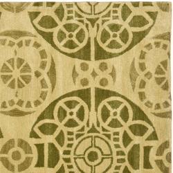 Safavieh Handmade Chatham Treasures Honey New Zealand Wool Rug (7' Square) - Thumbnail 1