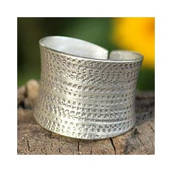 Sterling Silver 'Autumn Breath' Band Ring (Thailand)