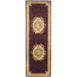 Safavieh Handmade French Aubusson Red Premium Wool Rug (2'6 x 10') - Thumbnail 0