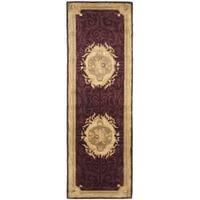 Safavieh Handmade French Aubusson Red Premium Wool Rug - 2'6 x 10'
