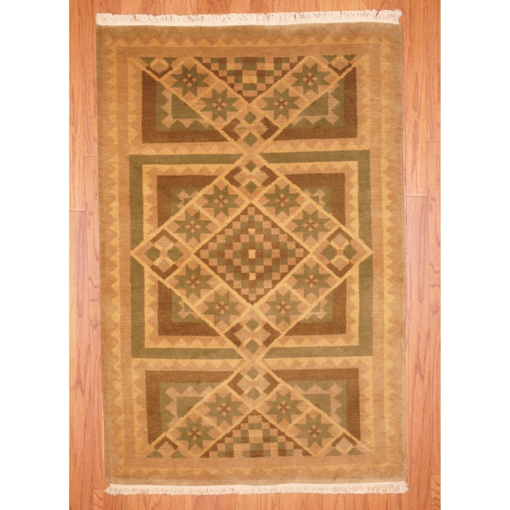 Indo Hand-knotted Tibetan Beige/ Brown Wool Rug (3'6 x 5'3)