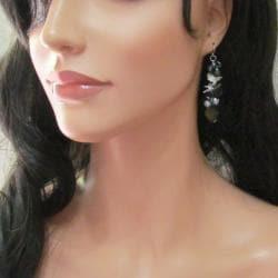 Handmade Grey Mother of Pearl Cluster Dancer Earrings (Thailand)