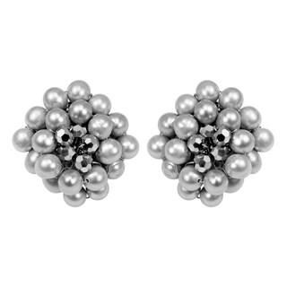 Handmade Silver Elegance Freshwater Pearl Chrysanthemum Earrings (Thailand)