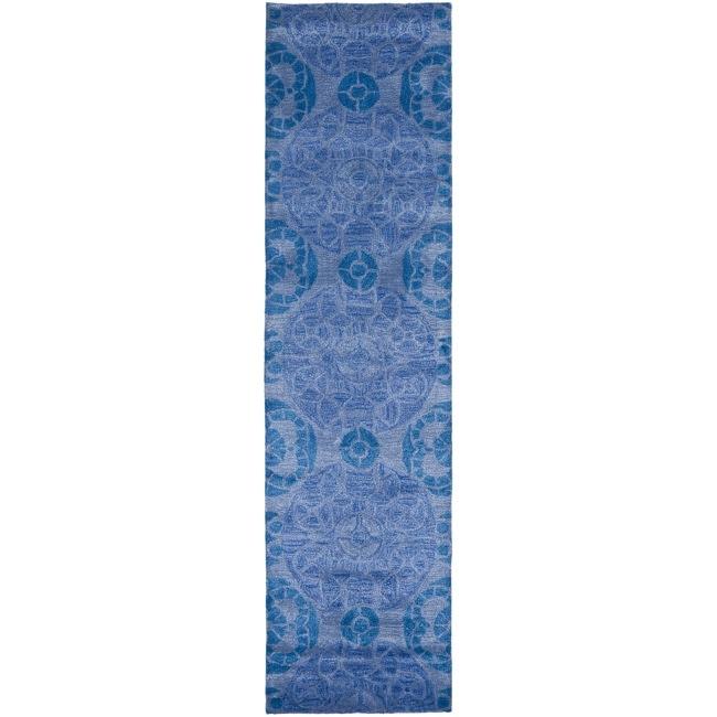 Safavieh Handmade Chatham Treasures Blue New Zealand Wool Rug (2'3 x 9')