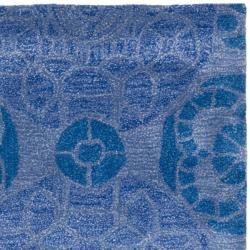 Safavieh Handmade Chatham Treasures Blue New Zealand Wool Rug (2'3 x 9') - Thumbnail 1