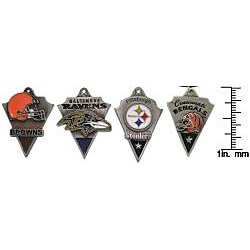 Carolina Glamour Collection Pewter Unisex AFC North Team Licensed NFL Pennant Necklace - Thumbnail 2
