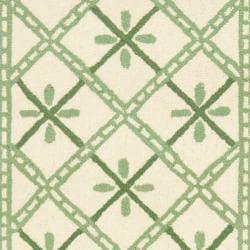 Safavieh Hand-hooked Diamonds Ivory/ Light Green Wool Rug (2'6 x 10') - Thumbnail 2