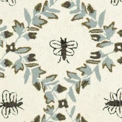 Safavieh Hand-hooked Bees Ivory/ Blue Wool Rug (2'6 x 6') - Thumbnail 2