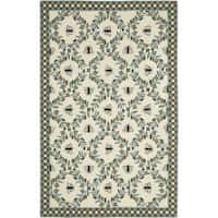 Safavieh Hand-hooked Bees Ivory/ Blue Wool Rug - 8'9 X 11'9