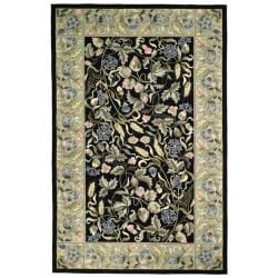 Safavieh Hand-Hooked Garden Black Wool Area Rug (7'6 x 9'9)