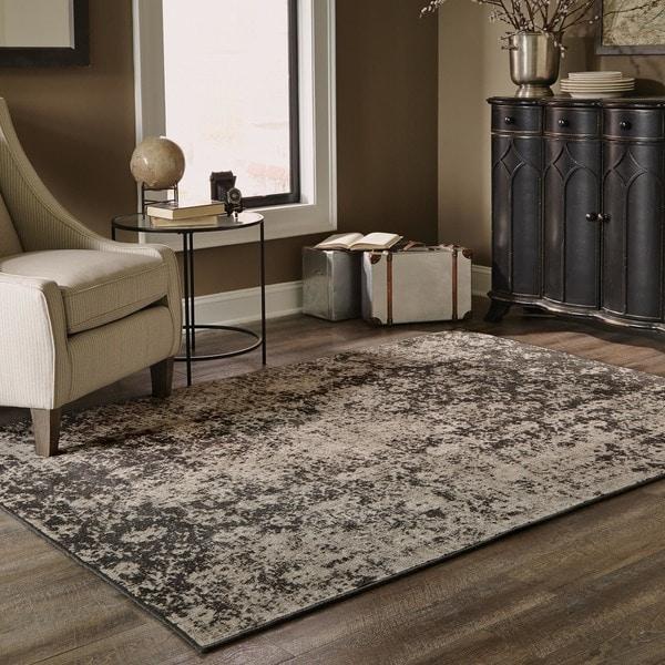 Distressed Overdyed Grey/ Black Area Rug (6'7 x 9'6)
