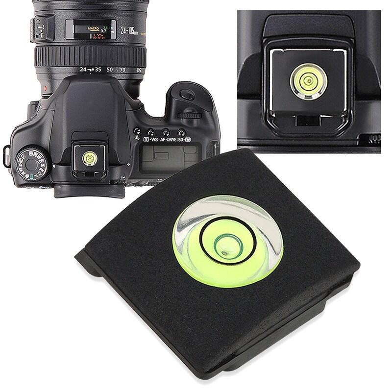 INSTEN Black Camera Flashlight Hot Shoe Spirit Level Cover