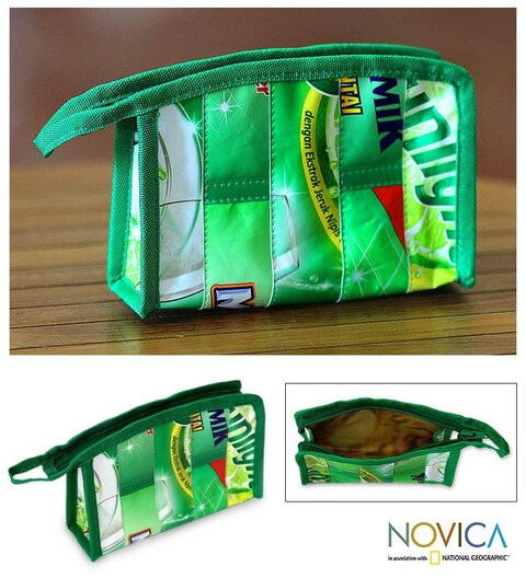 Handmade Recycled Wrapper 'New Green' Medium Cosmetic Bag (Indonesia)