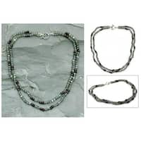 Handmade Sterling Silver 'India Dusk' Labradorite and Garnet Necklace (India)