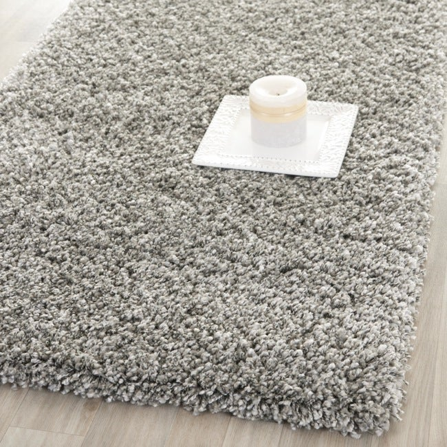 safavieh california cozy solid silver shag rug 23 california shag black 4 ft