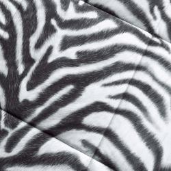 Comfort Classic Zebra Twin-size 2-piece Down Alternative Comforter and Sham Set - Thumbnail 1
