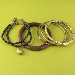 Handcrafted Goldtone and Wood 'Glory' Bracelets (Set of 5) (India) - Thumbnail 1