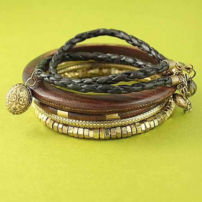 Handcrafted Goldtone and Wood 'Glory' Bracelets (Set of 5) (India)