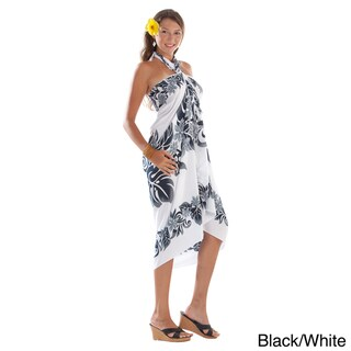 1 World Sarongs Women's Handmade Machine-washable Black-and-white Floral Sarong (Indonesia)