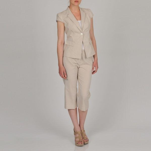 Signature by Larry Levine Women's Cap Sleeve Seersucker Capri Suit ...