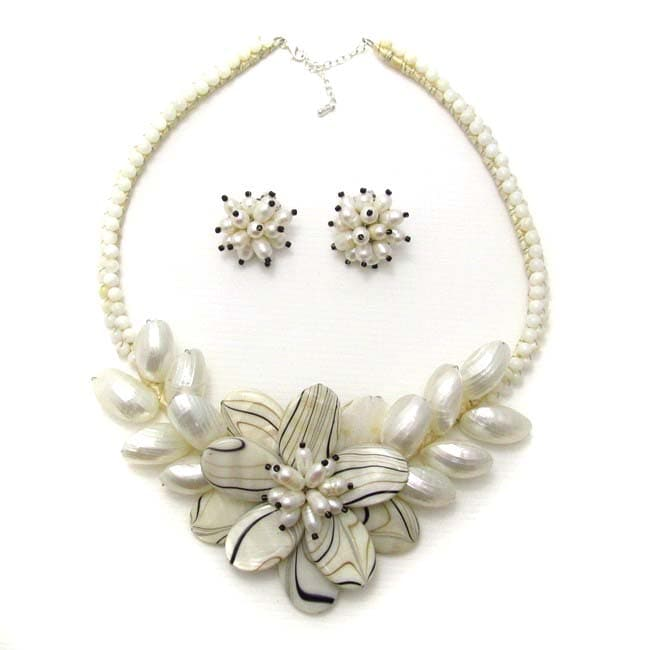 Zebra Floral Garland Mohter of Pearl Jewelry Set (Thailand)