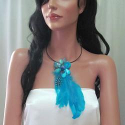 Handmade Floral Tassel Mix Stone Blue Feather Statement Choker (Thailand) - Thumbnail 2