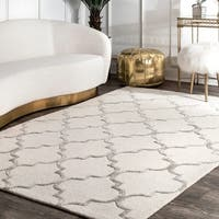 "nuLOOM Handmade Moroccan Trellis Faux Silk Wool Rug (8'3 x 11') - 8'3"" x 11'"