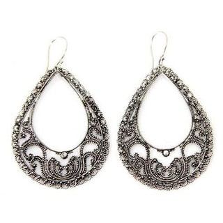 Handmade Sterling Silver 'Precious Moments' Dangle Earrings (Indonesia)