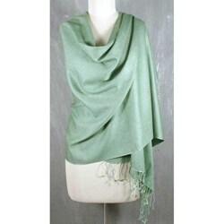 Handmade Wool and Silk Blend 'Extravagant Mint' Shawl (India)