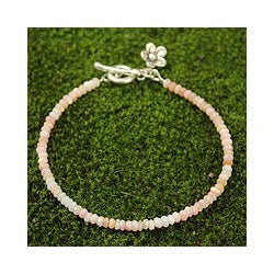 Silver 'Blossoming Hope' Pink Opal Bracelet (Thailand)