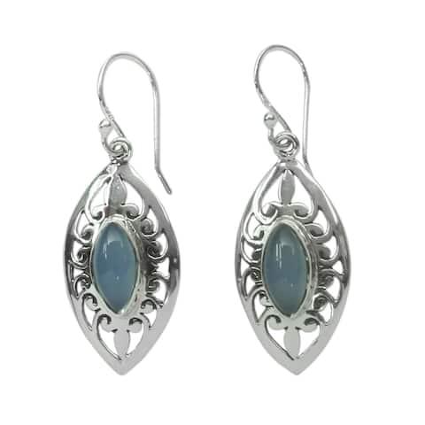 Handmade Sterling Silver Mumbai Sky Chalcedony Earrings (India)