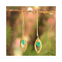 Handmade Gold Overlay 'Petal' Onyx Dangle Earrings(Thailand)
