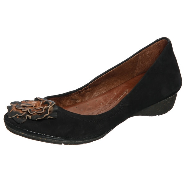 Naya Women's 'Rustica' Black Leather Flower Detail Flats FINAL SALE