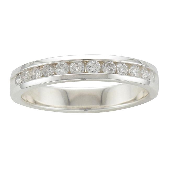 Unending Love Sterling Silver 3/8ct TDW Diamond Channel-set Wedding Band