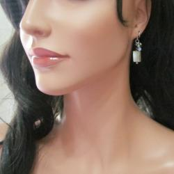 Sweet Dangle Mother of Pearl Mix Cluster Earrings (Thailand)