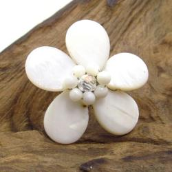 Handmade White Daisy Mother of Pearl Floral Free Size Ring (Thailand)